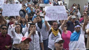 Mar de Fueguitos: Guatemala y la fiesta ciudadana de la protesta