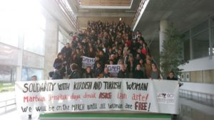 Mar de Fueguitos: El feminismo en marcha repiensa la violencia machista y cómo hacerle frente