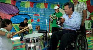 Cubainformación: Expectantes de Ecuador, Feria del Libro de La Habana y más temas (programa 454)
