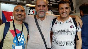 Cubainformación: Willy  Toledo  y  Pascual  Serrano  en  el  10º  aniversario  de  Cubainformación  (programa  472)
