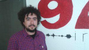 Mar de Fueguitos: con  la  vida  y  la  poesía  en  la  boca
