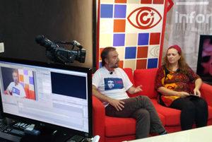 Cubainformación: `Cooperación  de  Cuba  en  Argentina:  derecho  a  la  salud  vs  neoliberalismo´:  tertulia  con  Claudia  Camba  y  Javier  Garijo