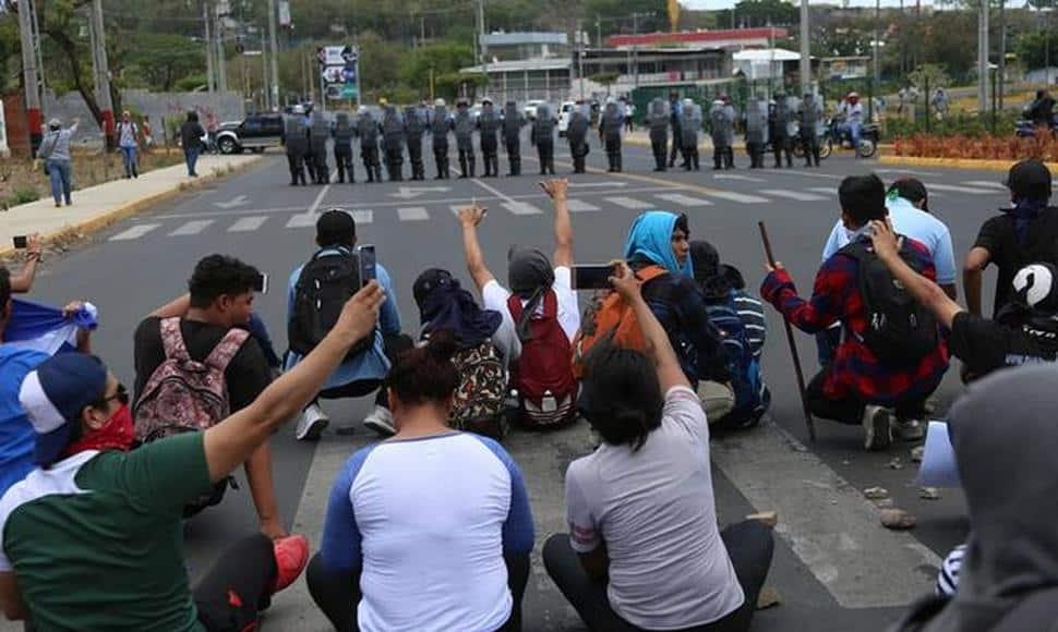 Mar de Fueguitos: de la protesta estudiantil al estallido social en Nicaragua