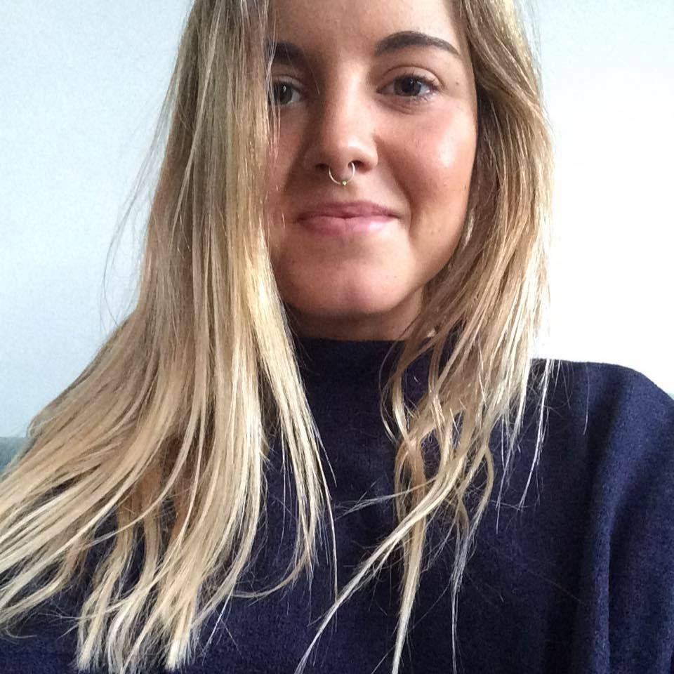 Las Feútxas: Alazne  Echevarria  ,  emprendedora  y  viajera