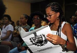 Cubainformación: Cuba:  un  parlamento  de  todo  el  pueblo  construye  la  nueva  Constitución
