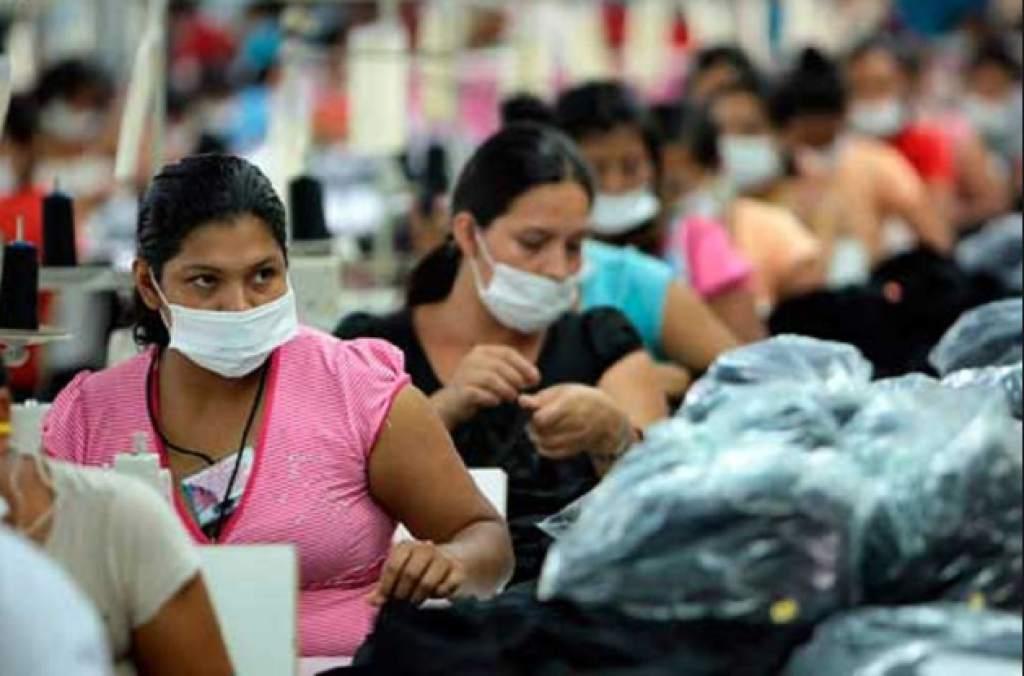 Mar de Fueguitos: explotación laboral en las maquiladoras textiles de El Salvador
