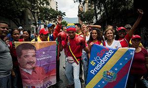 Cubainformación: ¿Qué  tendrá  Maduro  que  no  cae?  Y  más  temas