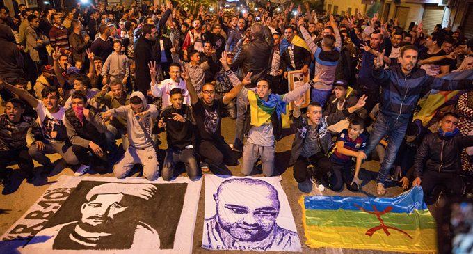 Mar de Fueguitos: la  represión  de  Marruecos  en  el  Rif