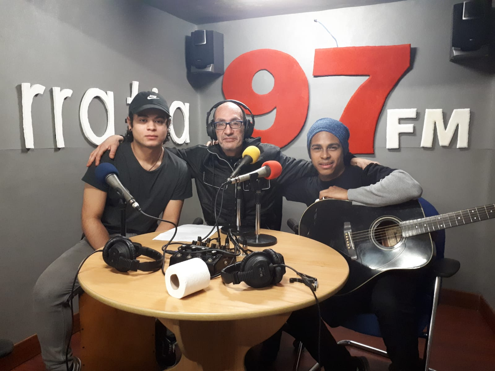 Radio Barrio: la  música  de  Jean  Paolo,  la  duatleta  Helene  Alberdi  y  más