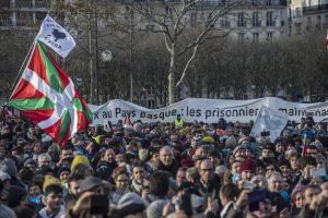 Suelta la olla: Crueldad con presas y presos políticos vascos en el Estado francés.