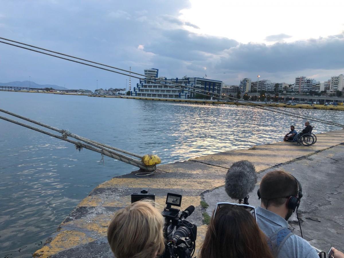 Mar de Fueguitos: Helena Taberna y las refugiadas varadas en Grecia