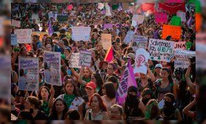 Suelta la olla: 5ªacción  de  la  Marcha  Mundial  de  las  Mujeres