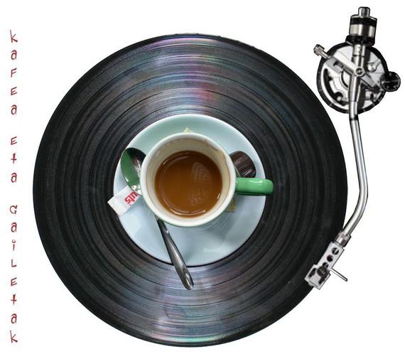 #bidegorritik: Kafea eta galletak
