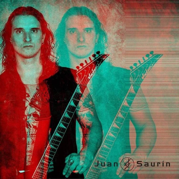 La mirada negra: Entrevista  con  Juan  Saurin