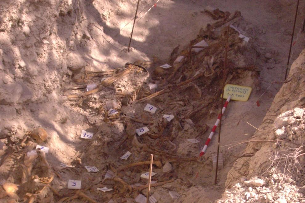 Mar de Fueguitos: Teodosio  Román,  identificado  en  una  fosa  común  de  1936