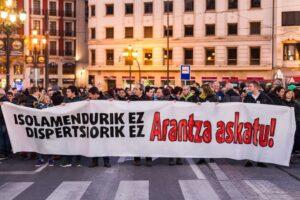 Suelta la olla: 13/13:  Entrevista  con  Arantza  Zulueta