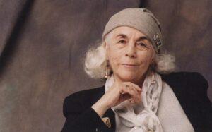 Historias con Swing: Caperucita  en  Manhattan  de  Carmen  Martín  Gaite